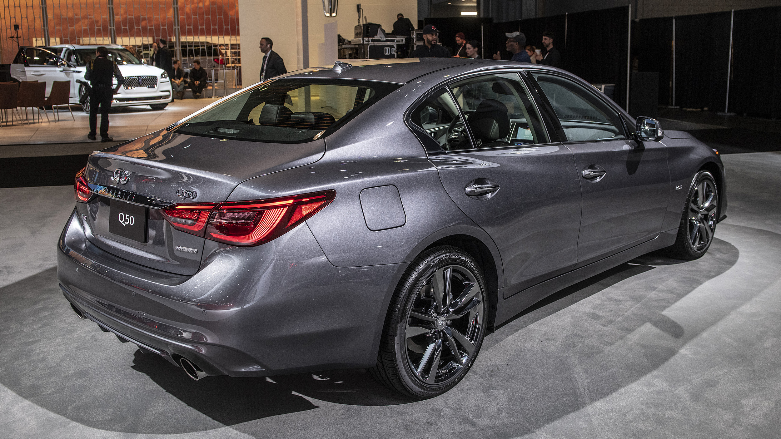 Infiniti Certified Pre Owned >> 2019 Infiniti Q50 Signature Edition brings more style to the sedan | Autoblog