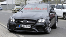 Next Mercedes-Benz SL spied under weirdly shrunken E-Class bodywork