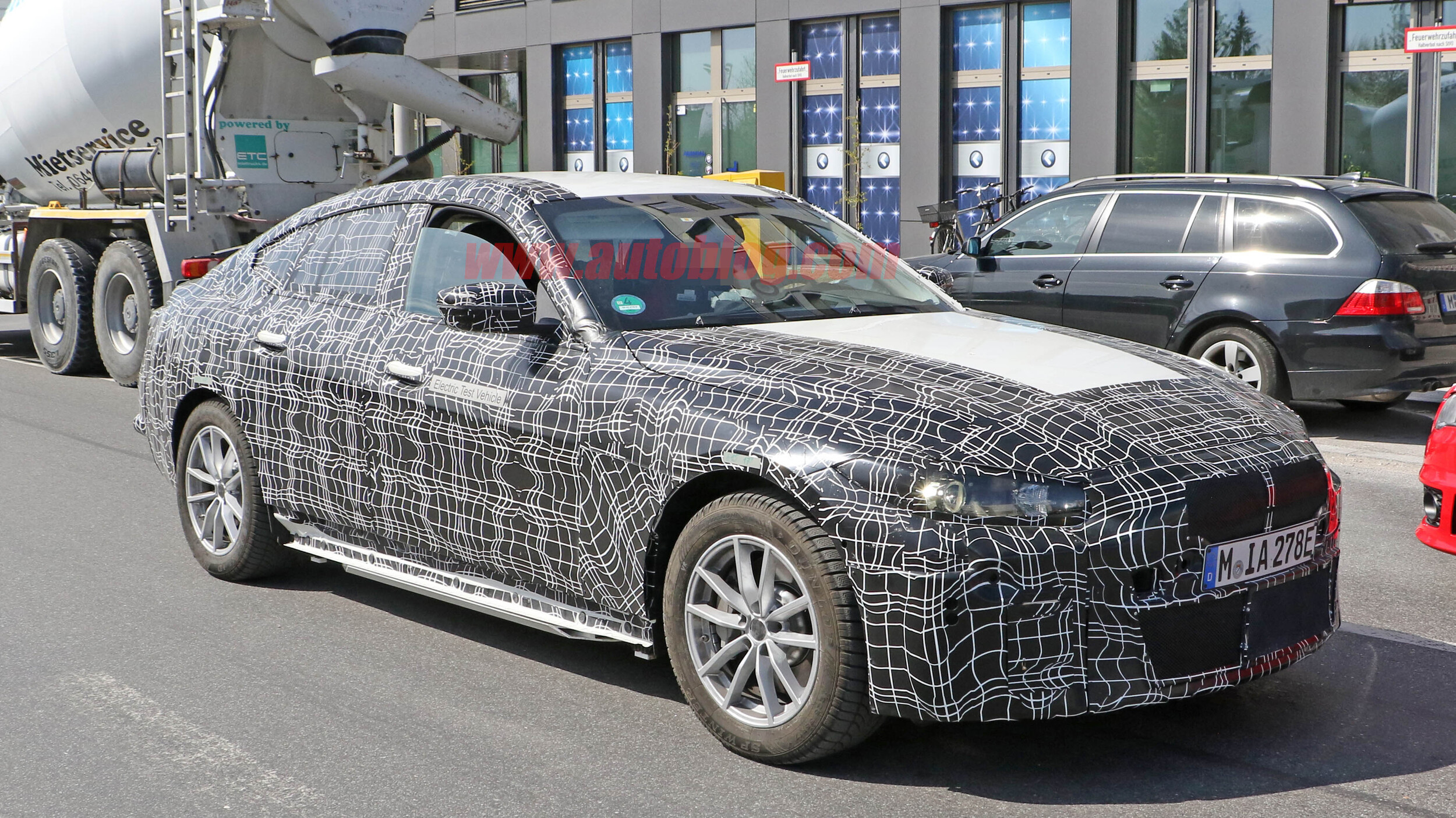Certified Pre Owned Bmw >> BMW i4 electric vehicle spied out testing with interior exposed | Autoblog