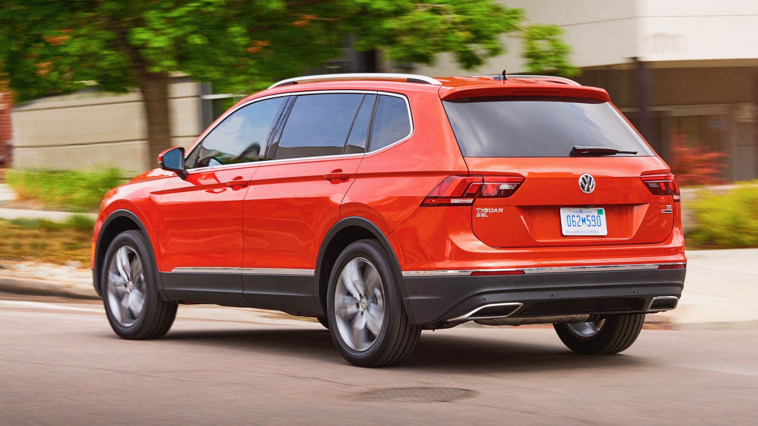 2019 VW Tiguan Reviews | Price, specs, features and photos ...