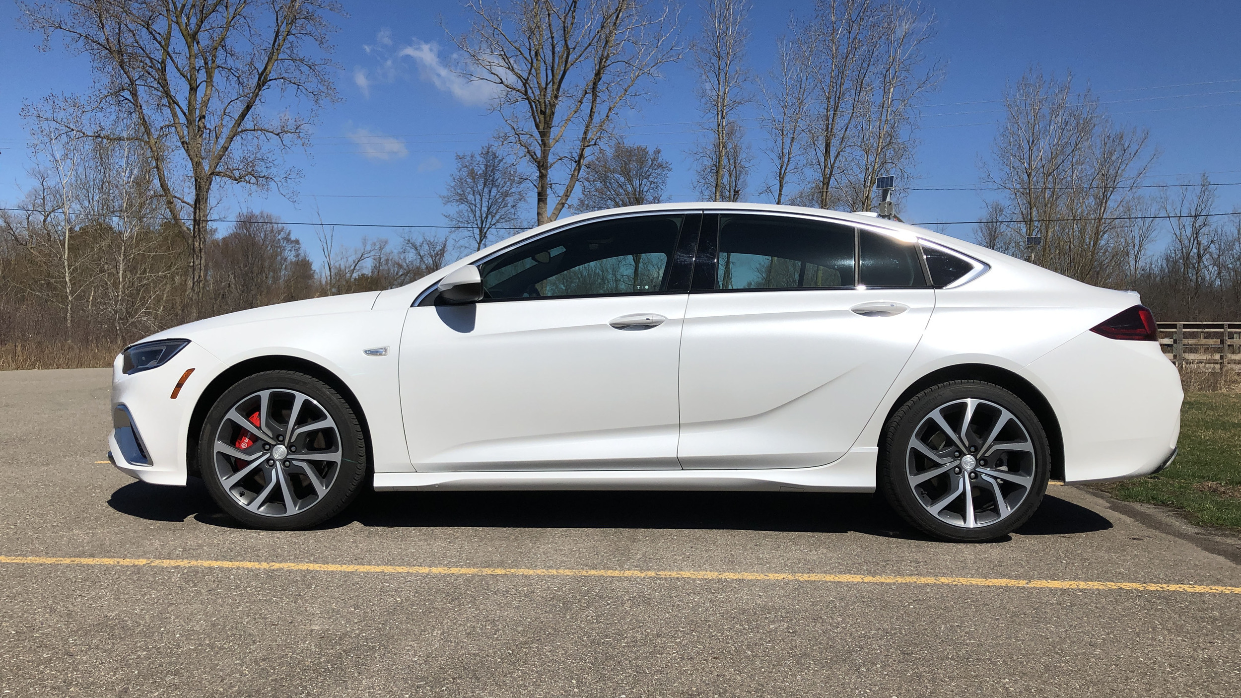 2019 Buick Regal GS review | Performance, handling and ...