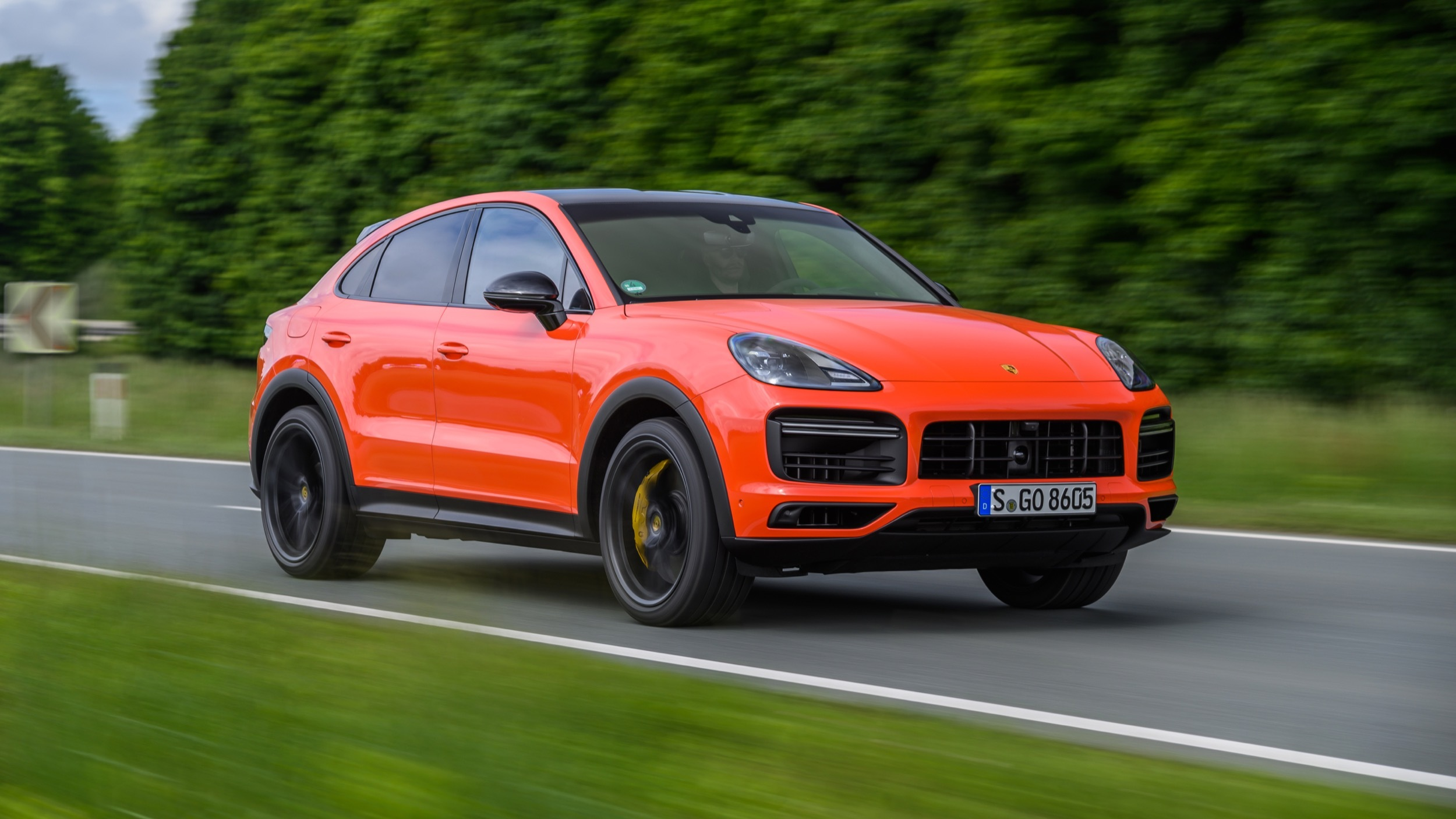 2020 Porsche Cayenne Coupe First Drive Review What S New Performance Cargo Space And Driving Impressions Autoblog