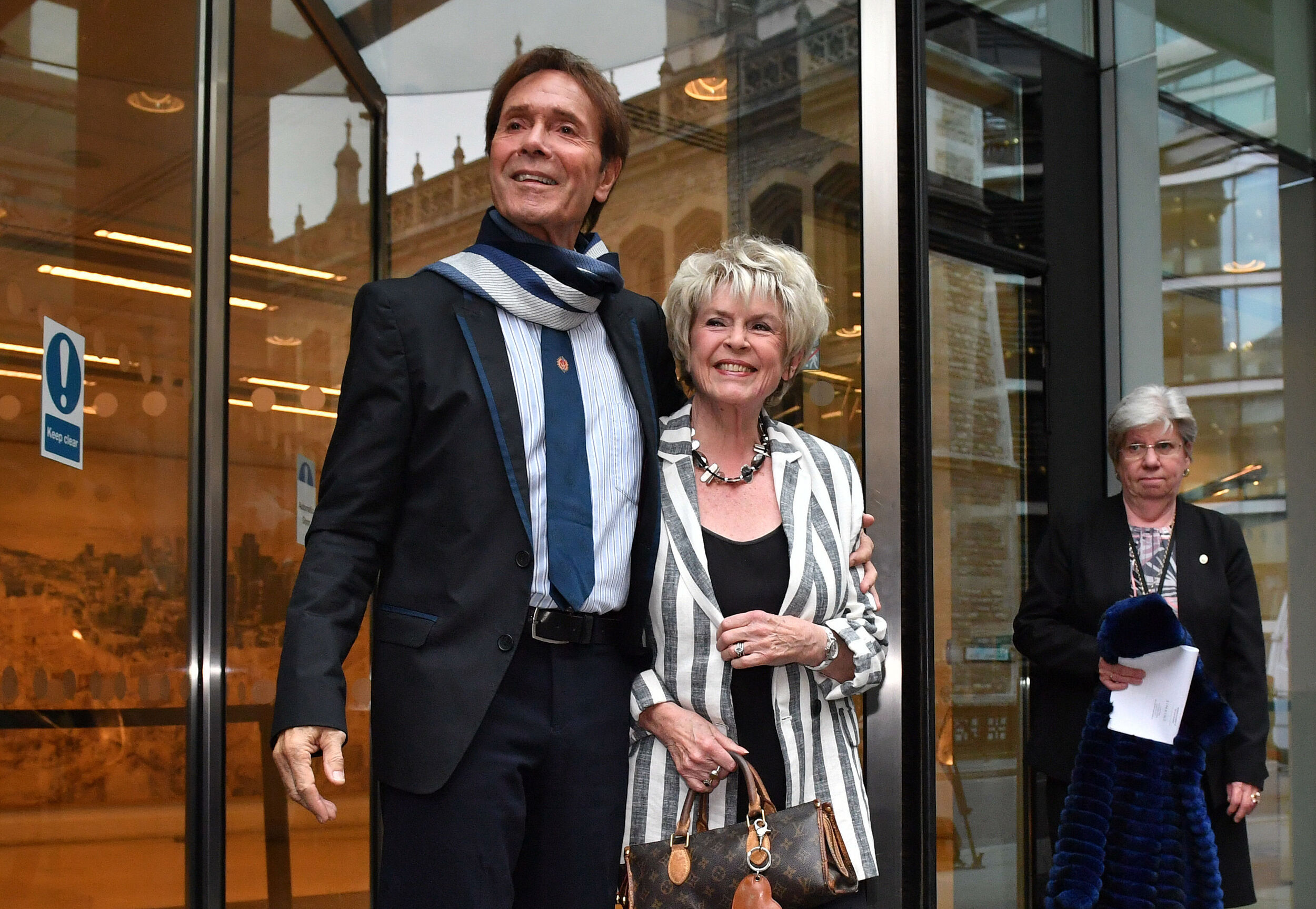 Disillusioned' Cliff Richard has moved to US for good, says Gloria