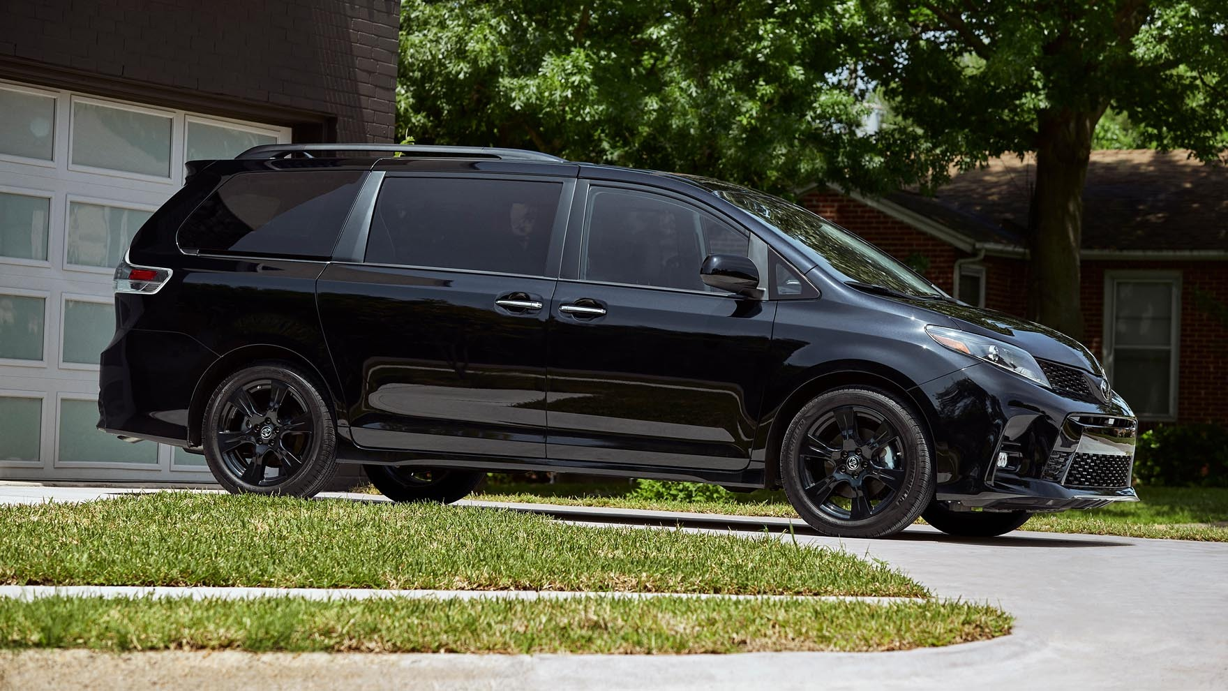 2020 toyota sienna review pricing specs features photos autoblog 2020 toyota sienna review pricing