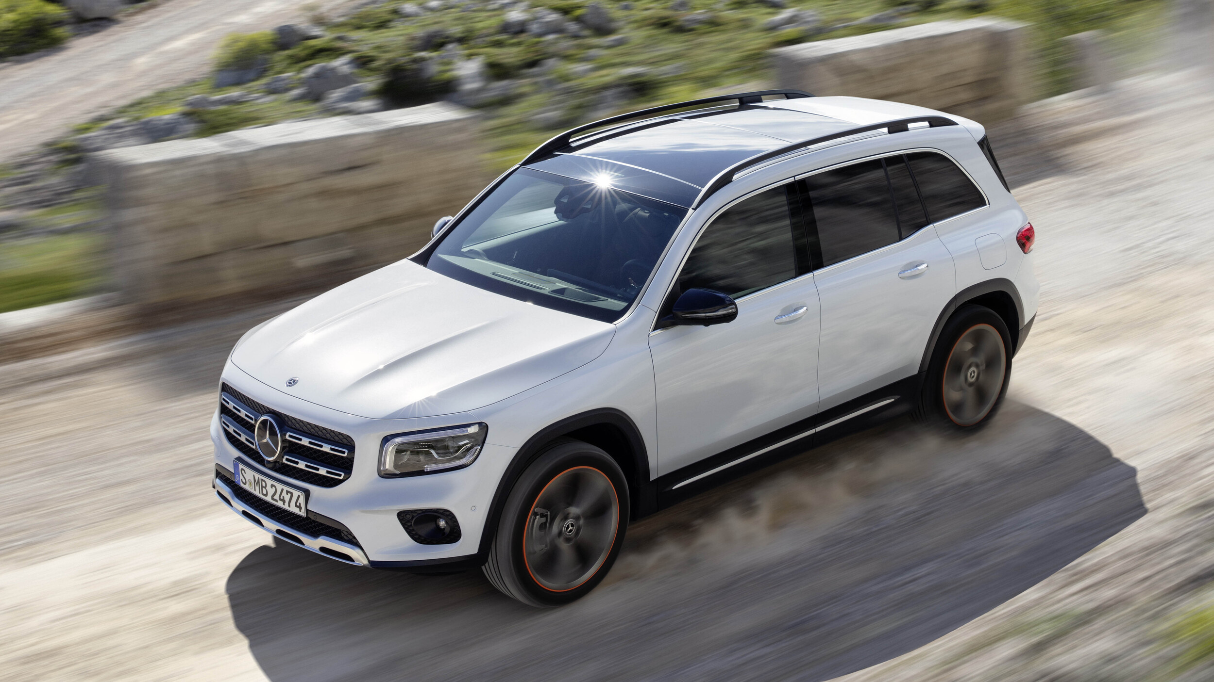Certified Pre Owned Mercedes >> 2020 Mercedes-Benz GLB-Class revealed with three rows of seats | Autoblog