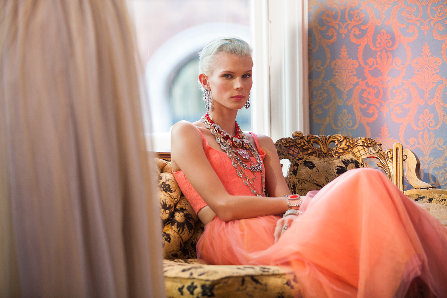Lulu frost goes neon baroque for spring 2014 aol lifestyle for Baroque lifestyle