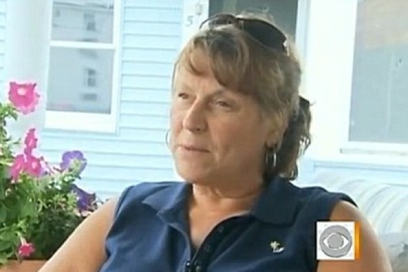 Video: Message in bottle makes it to sender's daughter after 50 years