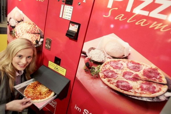 Pizza vending machines unveiled in Germany