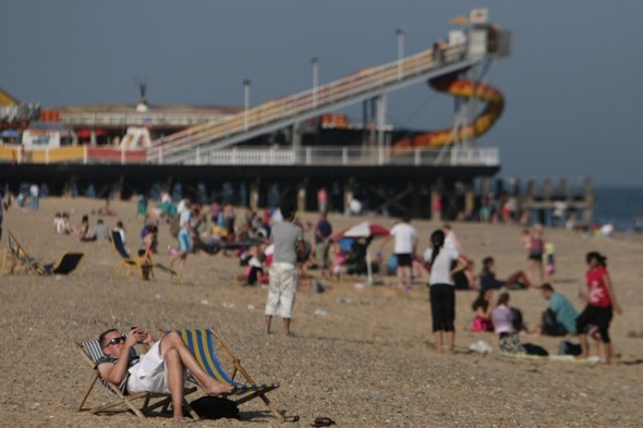 Sizzling Indian summer to come to abrupt end