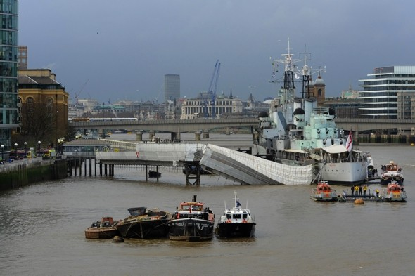 170 evacuated as HMS Belfast gangway collapses into Thames