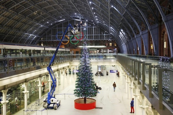Giant Christmas tree made of Lego unveiled at St Pancras station