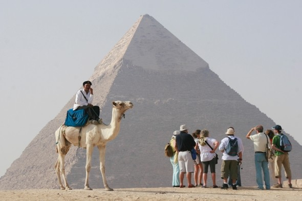 Egypt's Great Pyramids closed by 11.11.11 controversy