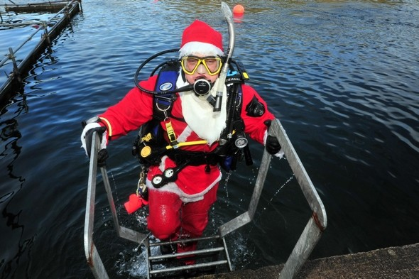 Scuba Santa: 161 Father Christmases go diving in Somerset
