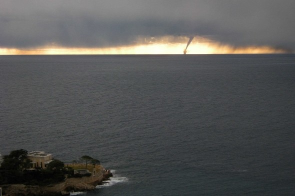 Tourists take shelter as Tornado hits the French Riviera