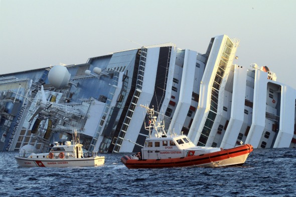 Cruise ship sinks: captain arrested, passengers tell of ...