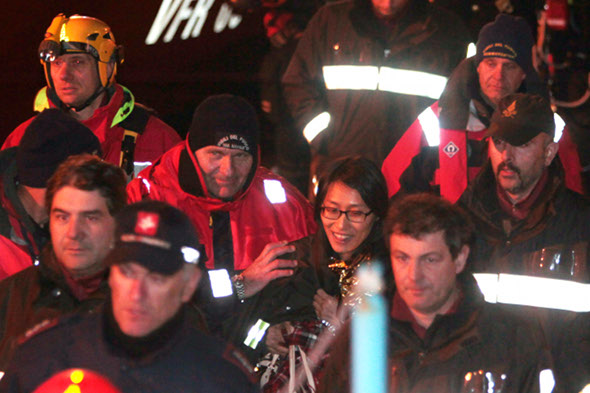 Cruise ship sinks: captain arrested, passengers tell of 'panic and chaos'