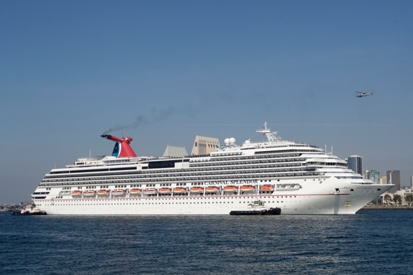 22 Carnival cruise passengers robbed at gunpoint in Mexico