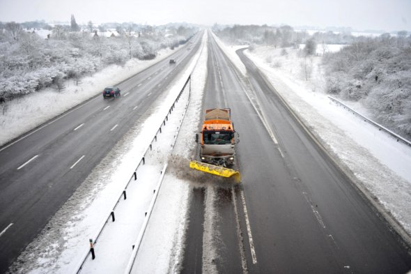 Travel chaos to last for days as Britain freezes up