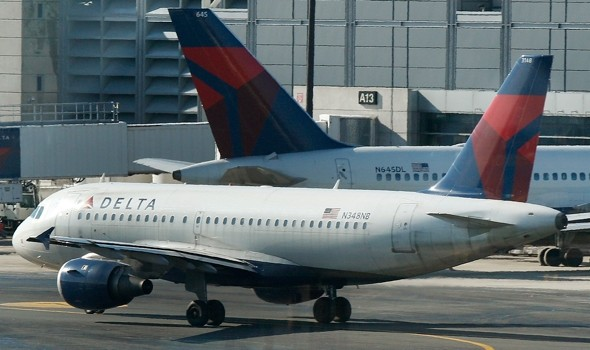 State troopers save Delta passenger's life after mid-flight heart attack