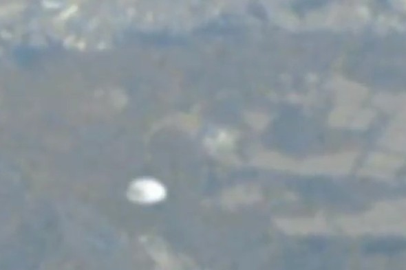Shocked plane passenger films 'UFO' from window in Seoul