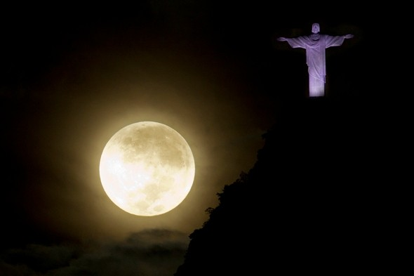 Full Moon UK: Why is the Moon so big and low tonight? When is the ...