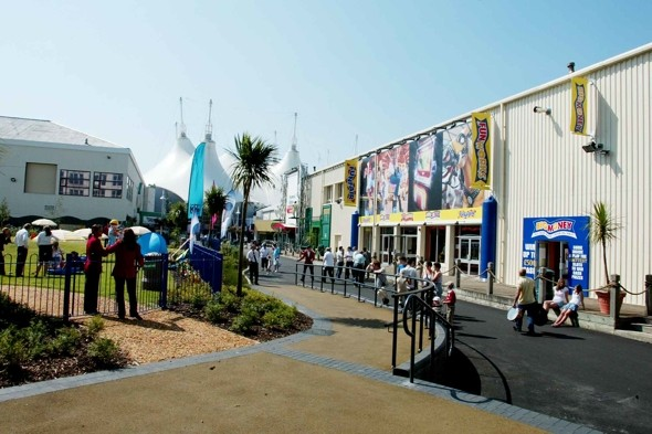 Butlins evacuated after nightclub arson attack