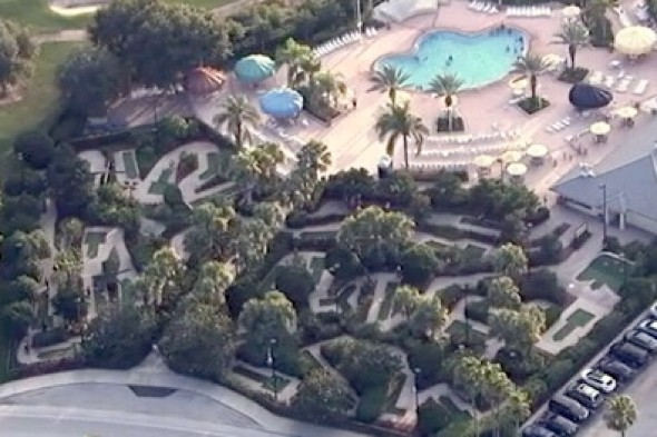 Girl, 11, dies of electrocution while playing mini golf