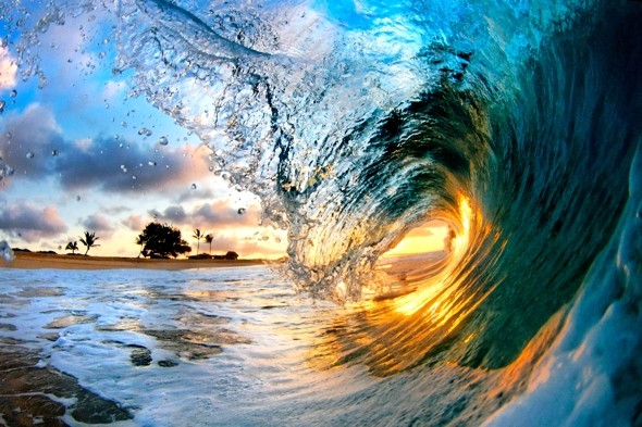 Pics of the day: Stunning ocean waves as you've never seen them