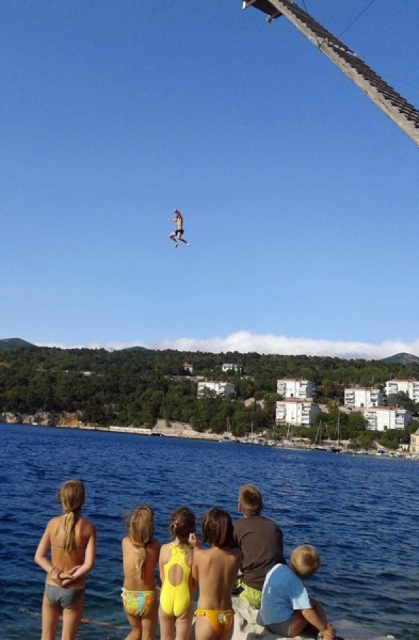 British man 'showing off' dives from 60ft platform into 5ft of water in Croatia