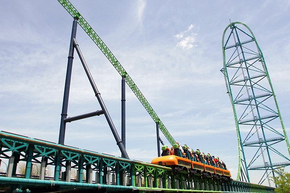 Boy hit in the face by bird on world's tallest rollercoaster