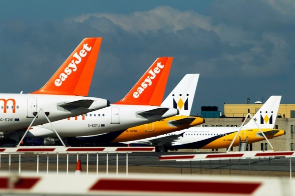 'Full emergency' declared after Easyjet plane hit by birds at Luton Airport