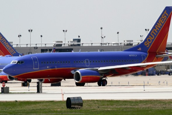 Real-life Bridesmaids? Las Vegas-bound plane diverts after female fist fight
