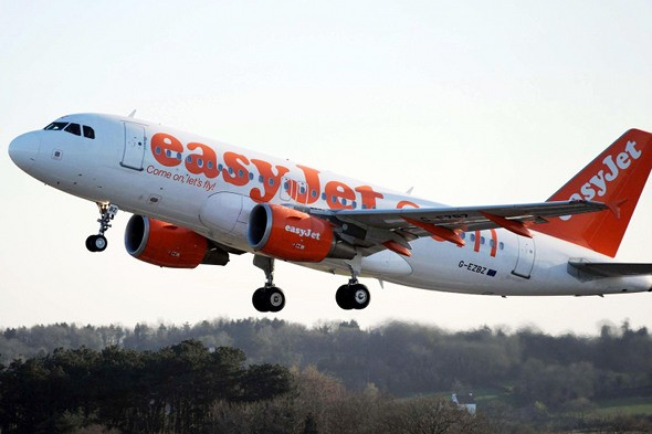 easyJet flight diverted... to collect first aid kit