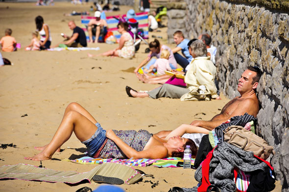 Heatwave alert! It's going to be 90F, say forecasters