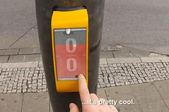 Traffic light 'ping pong' makes debut in Germany