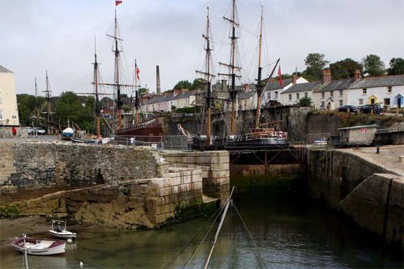 Cornwall tourist harbour Hollywood film location for sale