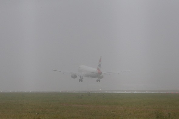 Fog causes disruption at major airports for a second day