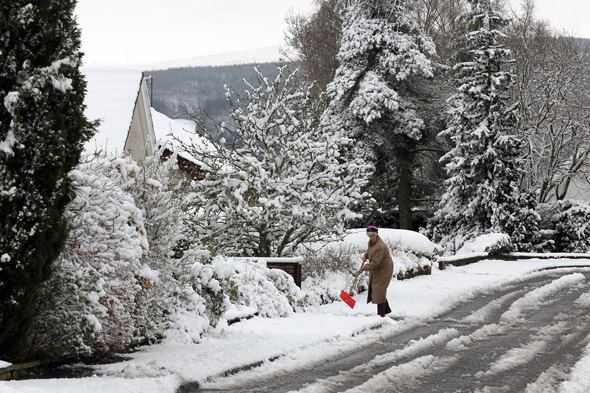Get ready for an Arctic blast! Snow on the way and temps to drop 10C