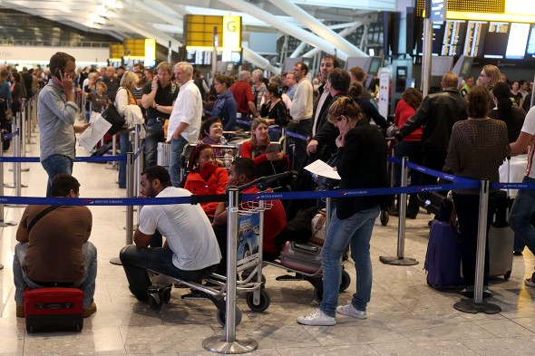 Move to online check-in could lead to more airport chaos