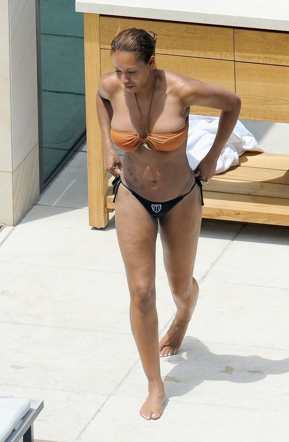 Mel B dons barely-there bikini for at Sydney hotel swimming pool