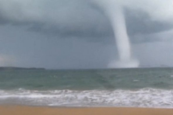 Huge 'water twister' spotted south of Sydney