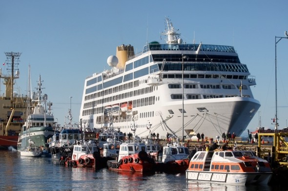 P&O Cruises cancels stops at Argentine ports over Falklands