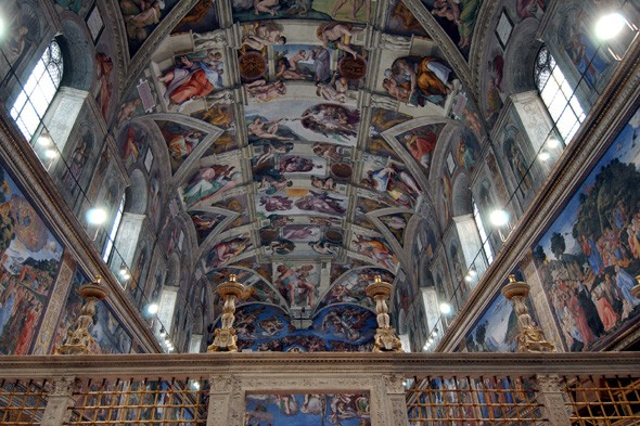 Sistine Chapel tourists to be vacuumed to protect artwork from dust and hair