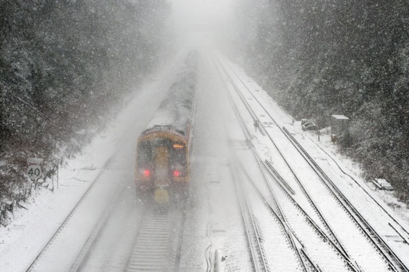 Travel chaos to continue as snow to last for four more days