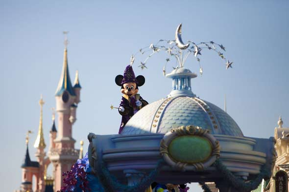 Review: Disney dreams the family way