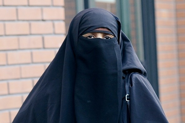 Frenchman convicted of assault after ripping off Muslin woman's veil at fairground