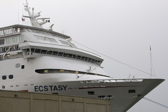 More cruise trouble as power failure hits Carnival Ecstasy