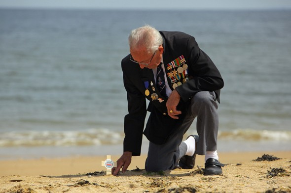 Veterans' anger as French tourism campaign ignores D-Day beach