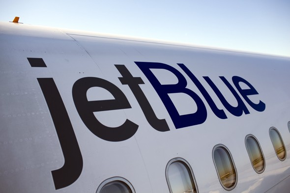Man with Tourette's who kept saying 'bomb' denied seat on flight