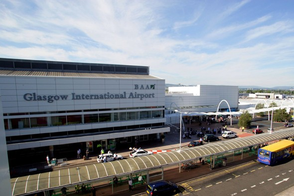 Plane comes close to crashing into 'UFO' at Glasgow Airport